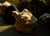Manfaatkan Batu Alam untuk Membuat Aneka Patung