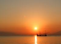 Matahari terbenam di ujung jawa