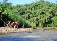 Membersihkan Kali Ciliwung Depok dari Sampah