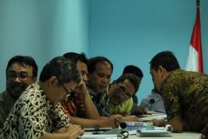 Gambar 2. Kementerian Lingkungan Hidup dan Kehutanan berdikusi tentang informasi mana saja yang dapat diberikan