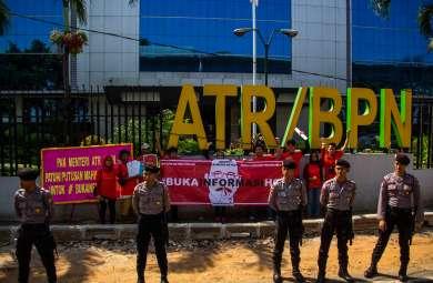 Aksi Damai di depan Kementerian ATR/BPN